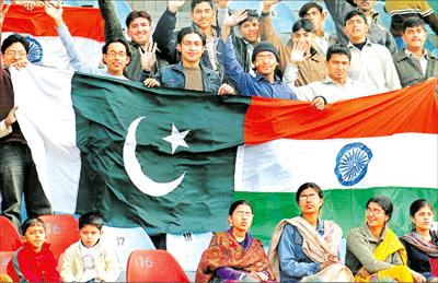 এশিয়া কাপে ভারত-পাকিস্তান যুদ্ধ আজ