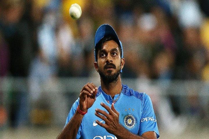 অনুশীলনের সময় ইনজুরিতে ভারতীয় ক্রিকেটার