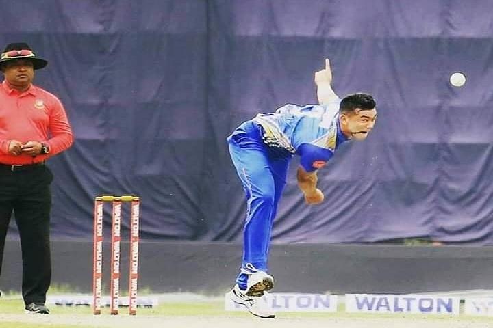 তাসকিন তোপে ২০৫ রানে শেষ দোলেশ্বর
