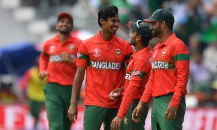 মুস্তাফিজের ৫ উইকেটের পরও রানের পাহাড় গড়লো পাকিস্তান