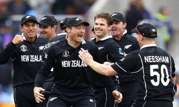ভারতকে হারিয়ে টানা দ্বিতীয়বারের মতো ফাইনালে নিউজিল্যান্ড